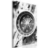 Tableau - Black and White Compass (1 Part) Vertical fait partie des tableaux murales de la collection de worldofwomen découvrez ce magnifique tableau exclusif chez nous