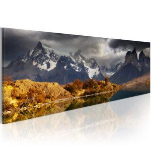 Tableau - Mountain landscape before a storm fait partie des tableaux murales de la collection de worldofwomen découvrez ce magnifique tableau exclusif chez nous