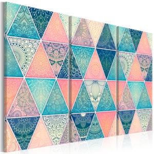 Tableau - Oriental Triangles (3 Parts) fait partie des tableaux murales de la collection de worldofwomen découvrez ce magnifique tableau exclusif chez nous