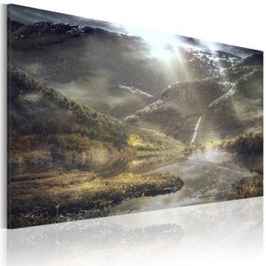 Tableau - The land of mists fait partie des tableaux murales de la collection de worldofwomen découvrez ce magnifique tableau exclusif chez nous