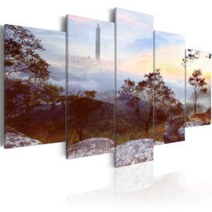 Tableau - Tower and horizon fait partie des tableaux murales de la collection de worldofwomen découvrez ce magnifique tableau exclusif chez nous